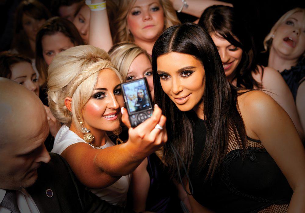 Kim Kardashian selfie half size